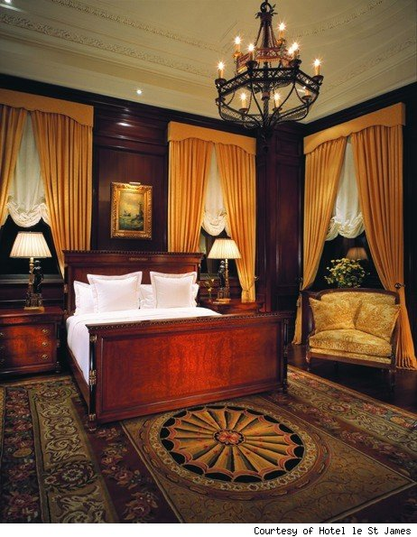 Heritage Suite Collection: Bedroom