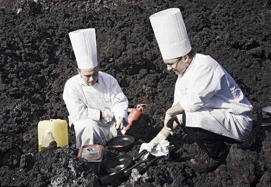 Chefs cook meal on Iceland volcano