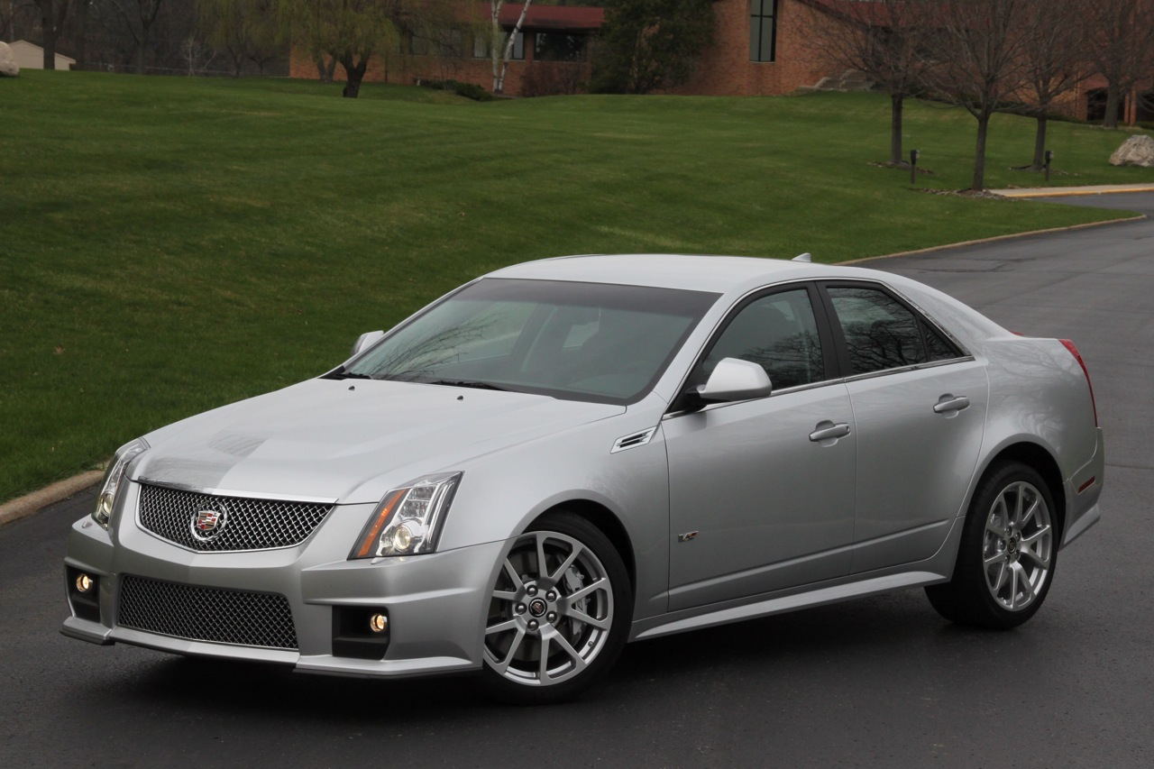 service manual 2010 cadillac cts v review luxury photos and articles stylelist. Black Bedroom Furniture Sets. Home Design Ideas