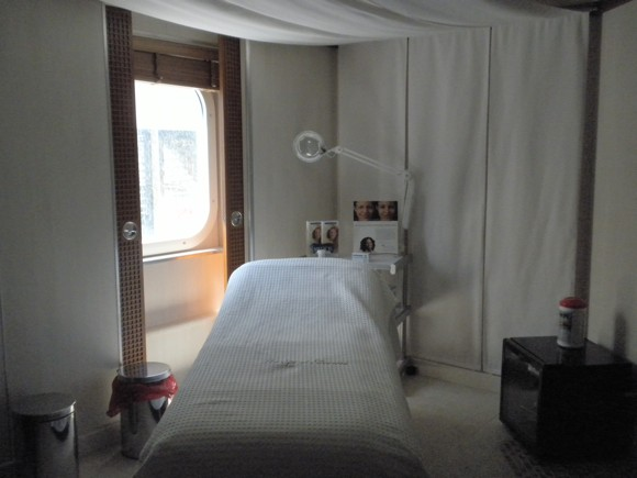 Spa: Treatment Room