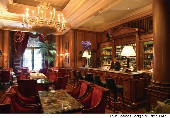 Le Bar at the Four Seasons George V Paris is nominated for a best hotel bar award from Luxist