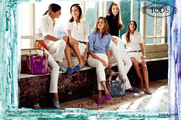 Amanda (middle) in a Spring 2010 TOD'S ad campaign.