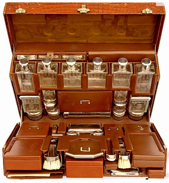 blixen hermes suitcase