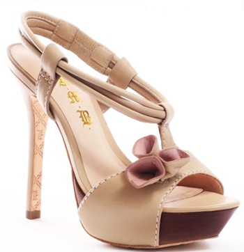 veena sandals