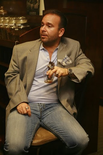 Marvin Samel of Drew Estate Smoking a Dirty Rat