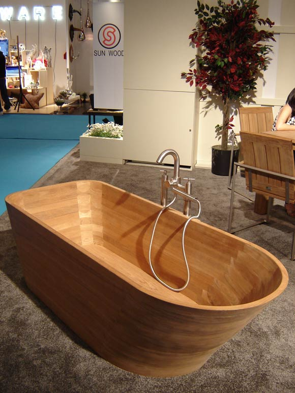 Teak Bathtub