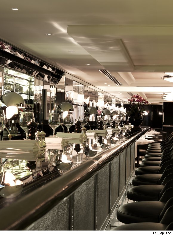 Le Caprice on Fifth Avenue in Manhattan is an art-deco designed restaurant.