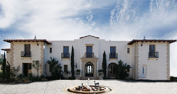 dr phil remembers the alamo buys 30 million house to prove it rh cbsnews com dr philomena nyarko dr phil holmes windsor state banquet
