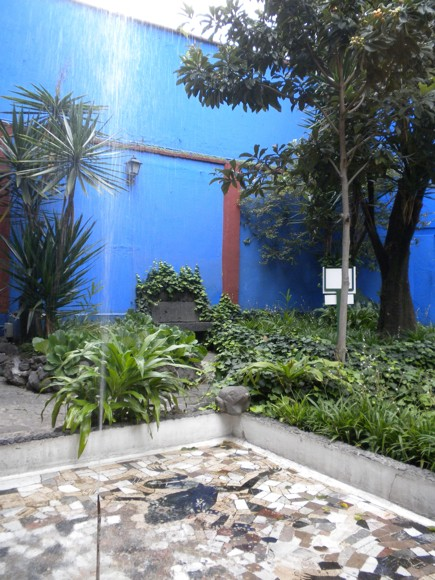Casa Azul Garden - Photos Are Not Permitted Inside