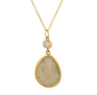 Pean Walrus & Diamond Love Scrimshaw Necklace