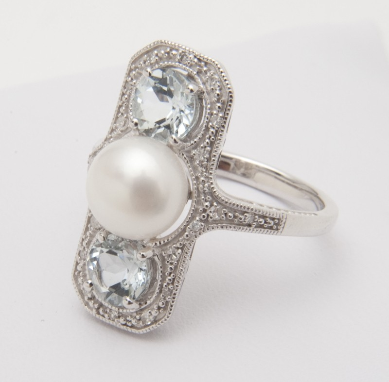 Aquamarine and Pearl Ring