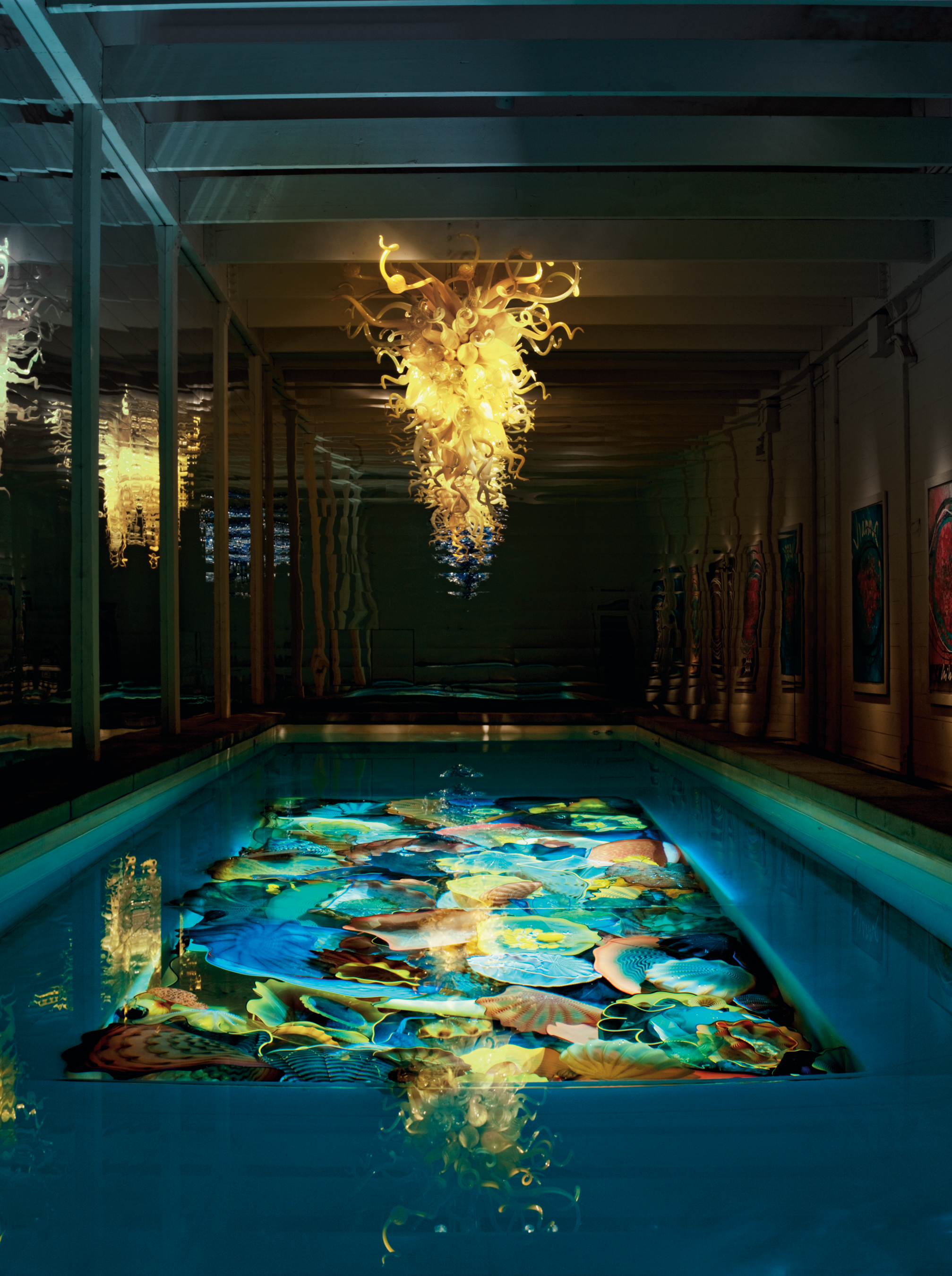 Dale Chihuly Pool Installation