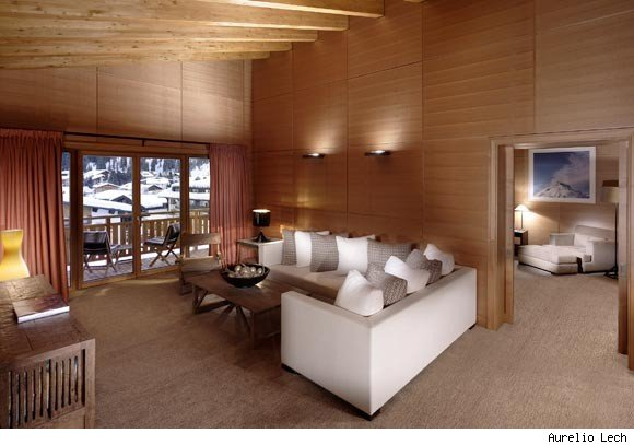 Hotel Aurelio Lech wins the Editors' Choice Award for Best in Winter Travel from Luxist.