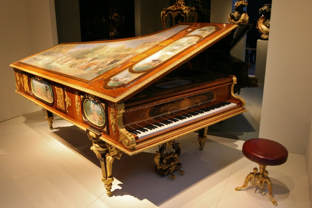 Michel Guy Chadelaud Piano