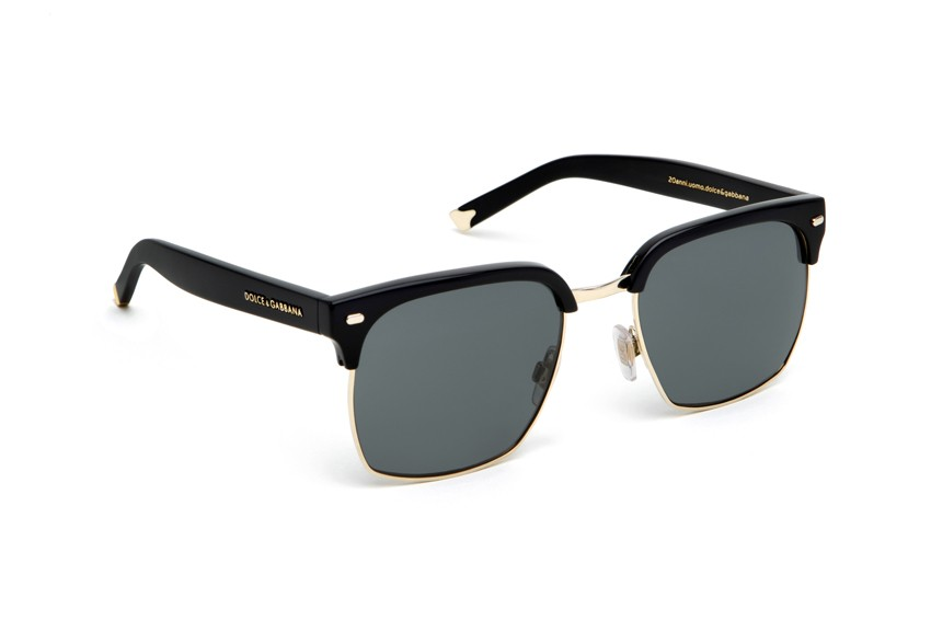 Black frame square lenses