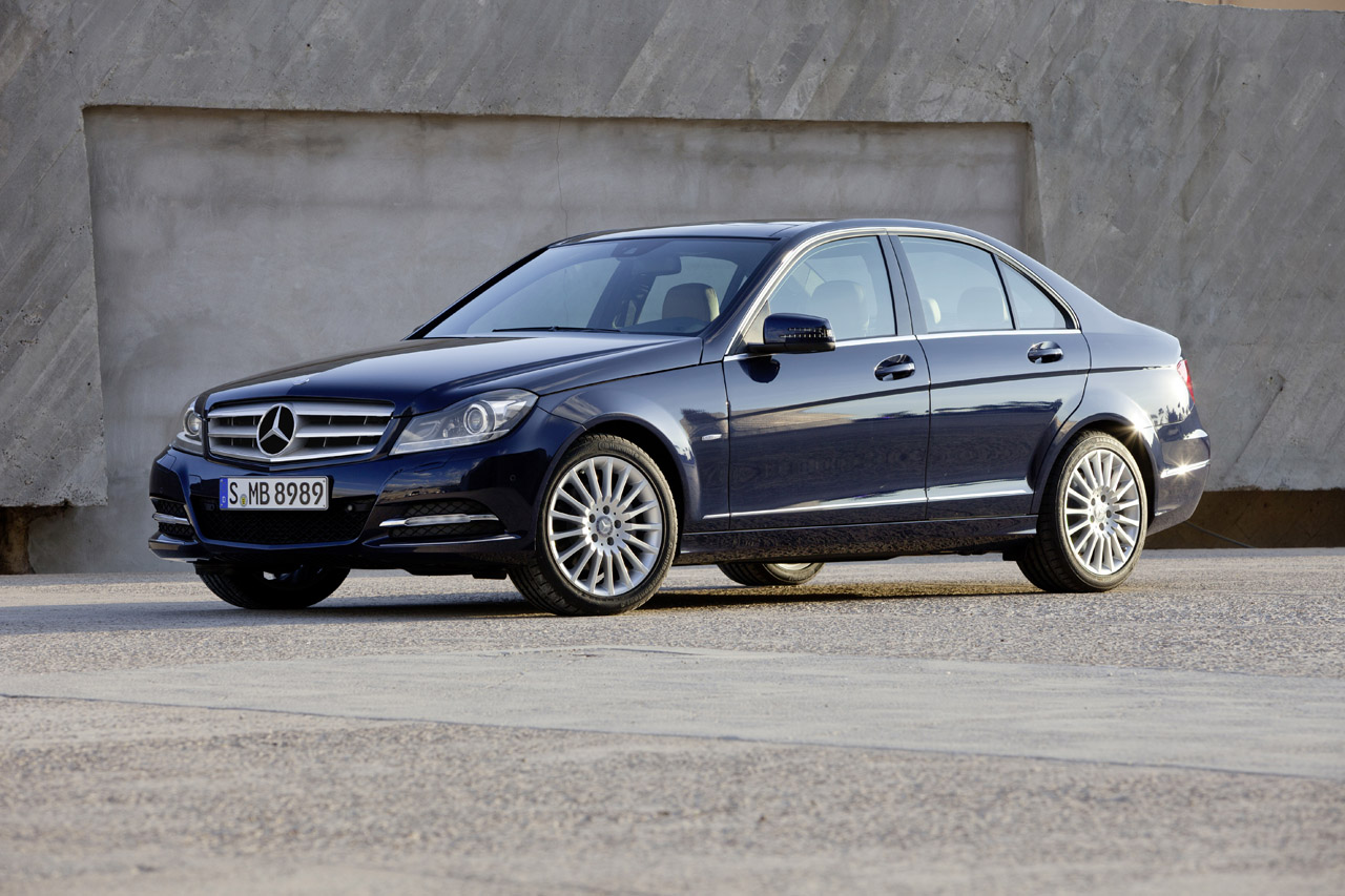 Luxury photos and articles stylelist for Mercedes benz 2010 c class