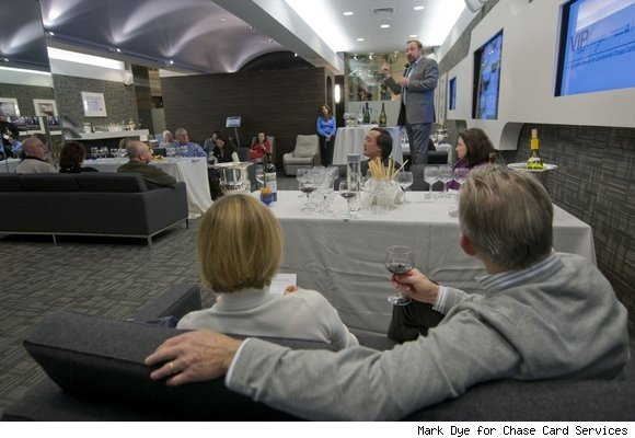 Continental Airlines and Chase open VIP lounge for shoppers at The Mall at Short Hills in New Jersey