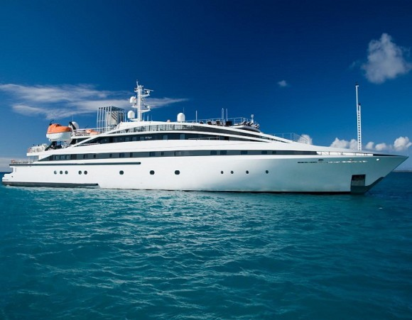 Cruise Like P. Diddy in the 'RM Elegant' Superyacht