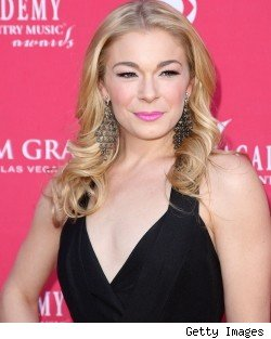 leann rimes has no eyes