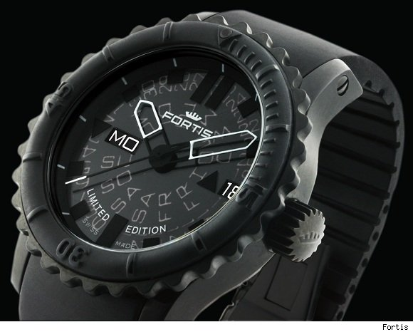black-fossil-watch