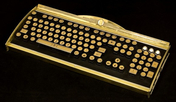 The New Yorker Art Deco Keyboard