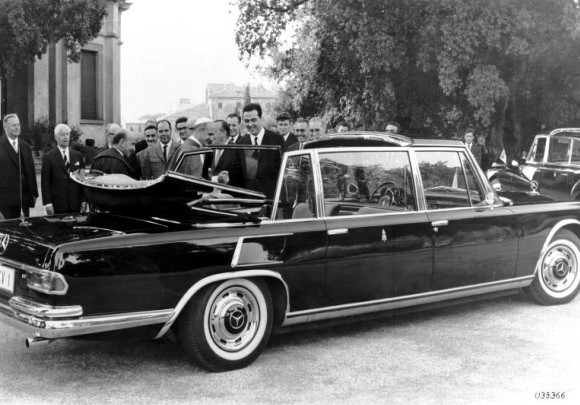 Pope's Mercedes 600 Limousine Comes to the U.S.
