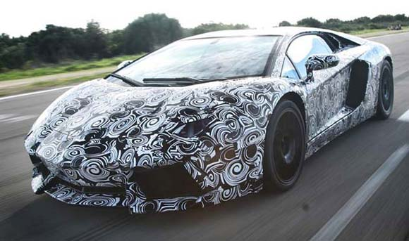 Lamborghini Aventador LP700-4 coming to Geneva