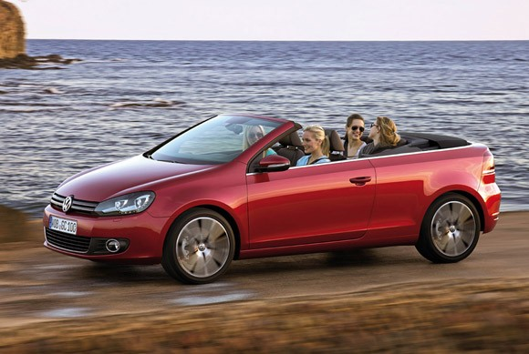 Volkswagen Brings Back the Golf Cabriolet