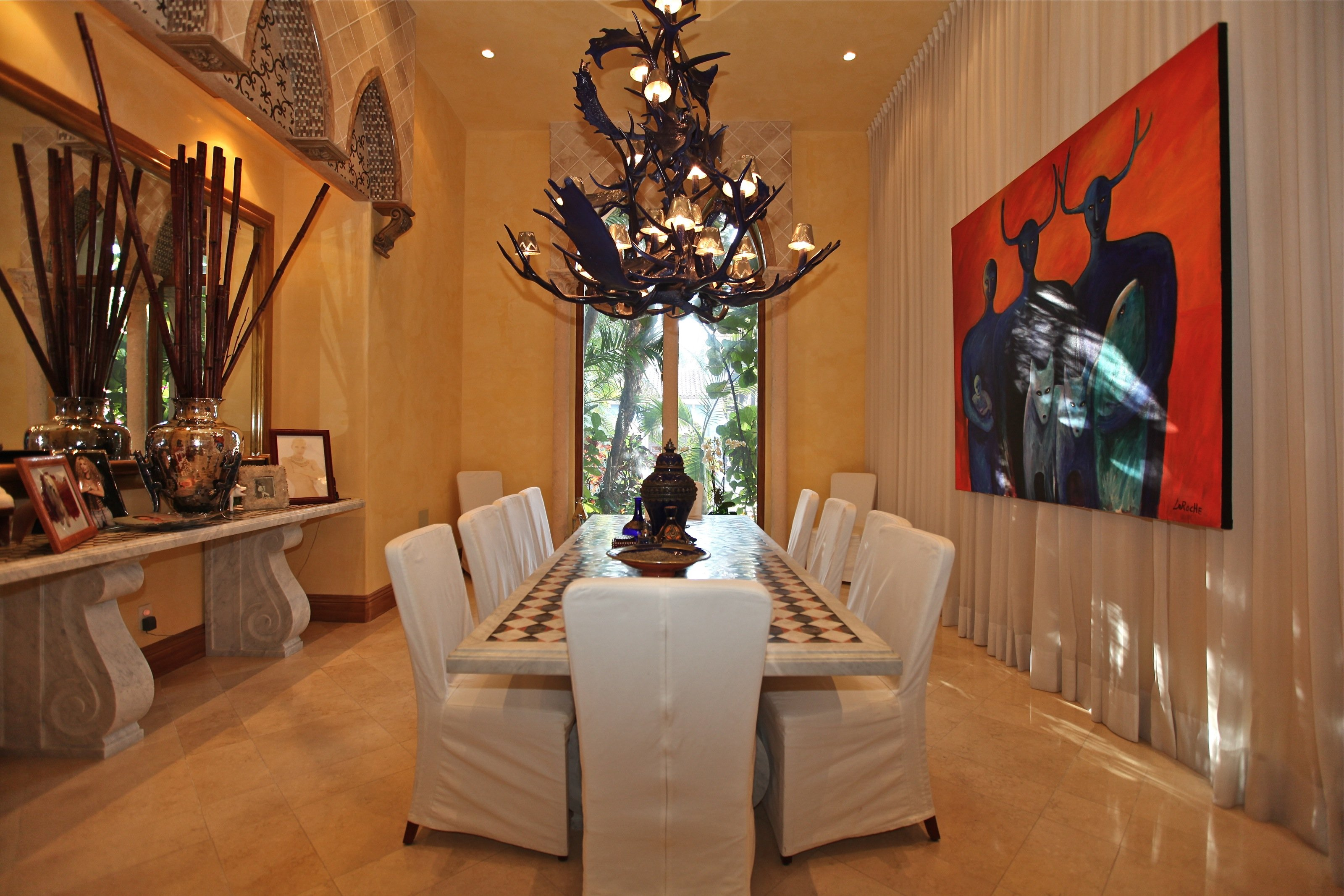 Whilly bermudez for realtors den trends and tips for for Dining room suites zimbabwe