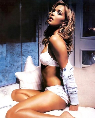Arielle Kebbel, Arielle Kebbel sexy photos, hot celebrity women