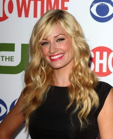Beth Behrs, Beth Behrs sexy photos, hot celebrity women