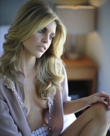 AnnaLynne McCord, AnnaLynne McCord sexy photos, hot celebrity women