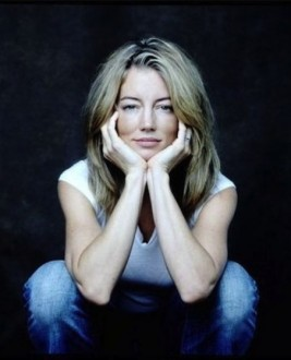 Cynthia  Watros photo
