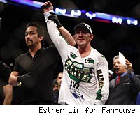 Gray Maynard will battle Frankie Edgar in the main event of UFC 125.