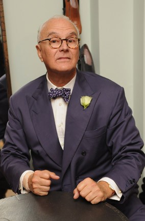 My stylish life manolo blahnik for Who is manolo blahnik