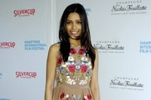 Red Carpet Fashion: Freida Pinto goes girly