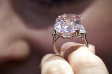 See the pink diamond set to sell for £24 million