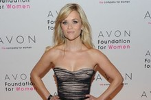 Reese Witherspoon wows at Avon Foundation event