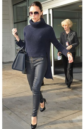 Victoria Beckham Wraps Up To Beat The Winter Chill But Refuses To Ditch The Heels Huffpost Uk