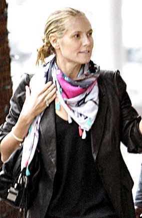 heidi klum hair up. Heidi Klum Christmas shopping