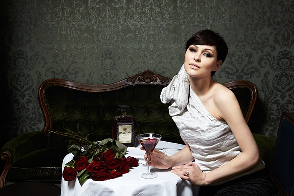 Emma Willis Disaronno