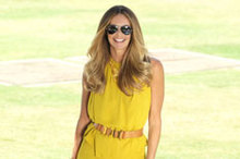 What a Body! Elle MacPherson pulls off head-to-toe lemon-lime ensemble