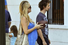 Bump watch on holiday: Kate Hudson shows off her baby belly in Buenos Aires