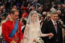 Video: Prince William marries Kate Middleton