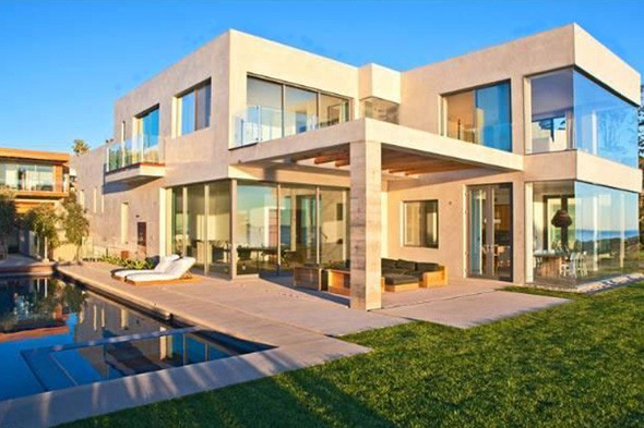 david-beckham-victoria-beckham-malibu-house-splash