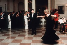 Princess Diana's dress sells for $800,000 in auction