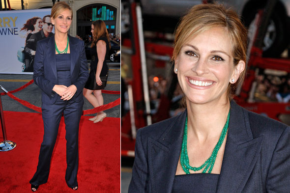 Julia Roberts at the LA premier of Larry Crowne in a navy suit