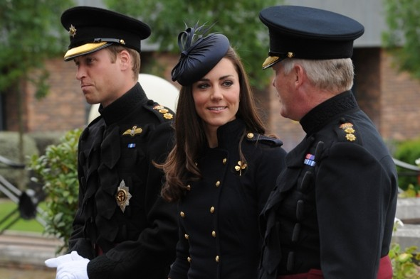 Kate-middleton-prince-william-Irish-Guards-windsor