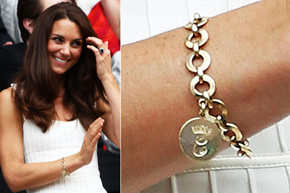 Kate / Duchess of Cambridge shows off new royal bracelet at Wimbledon