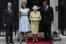 SamCam follows Duchess Kate's lead and wears same dress twice (within a month!)